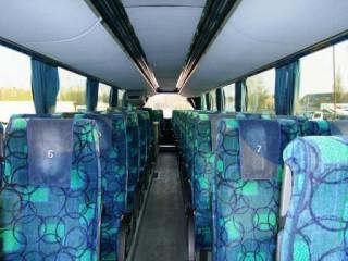 11_Autobusu_nuoma_NEOPLAN_516_SHD_FHA_516_nuomojamas_autobusas_vidus.jpg
