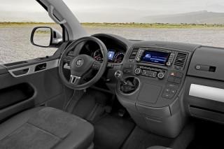 46_volkswagen_t5_van_2010_interior_img_5.jpg
